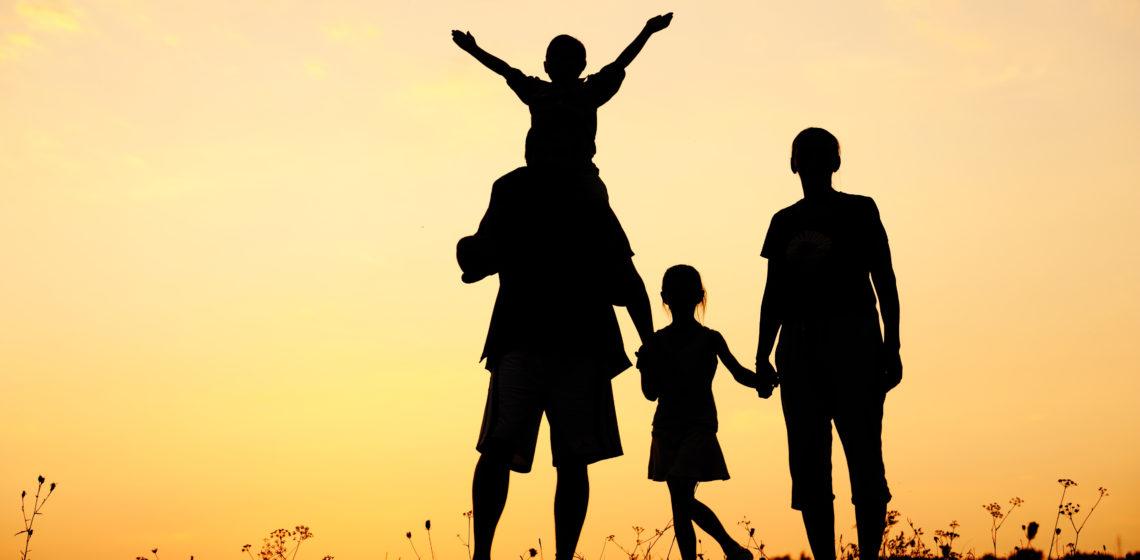 Comment-preparer-un-weekend-adapte-pour-la-famille-.jpg